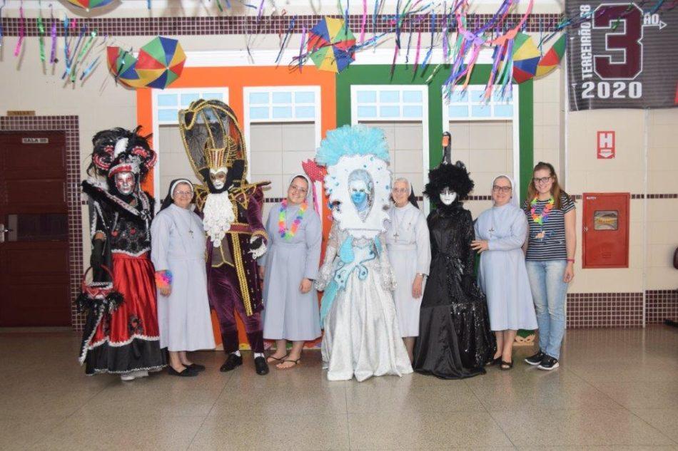 Carnaval Ensino Fundamental II e Médio